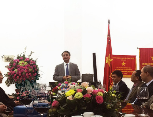 Đồng chí Trần Mạnh Hùng, Chủ tịch Hội đồng Thành viên tập đoàn VNPT đến thăm và chúc Tết CBCNV công ty Cổ phần Thiết bị Bưu điện