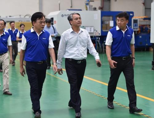 Ông Trần Mạnh Hùng, Chủ tịch tập đoàn VNPT cùng đoàn cán bộ chuyên môn đến thăm và làm việc tại POSTEF